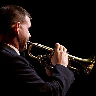trumpet echoes